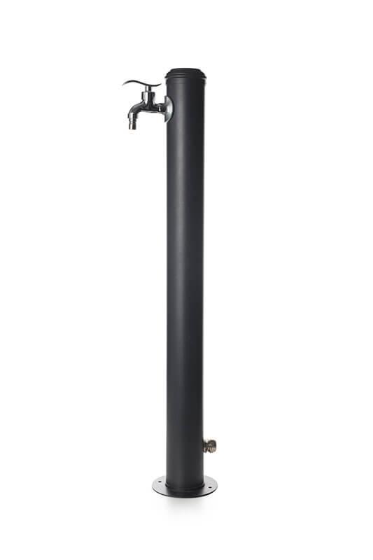 fontana a colonna in acciaio